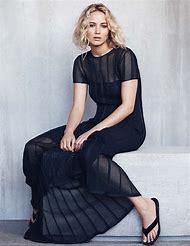 Jennifer Lawrence Elle Magazine