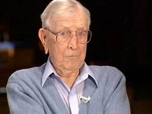 Coach John Wooden Outside the Lines part 2/2 - YouTube