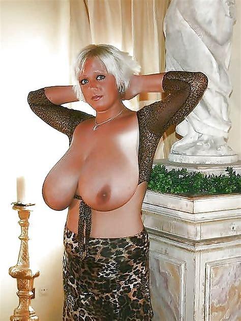 Hot Mature Pictures Matures