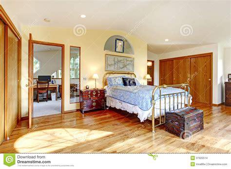 style chambre a coucher chambre à coucher antique de cagne de style images