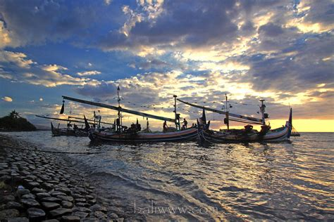 lovina coast buleleng bali visit indonesia
