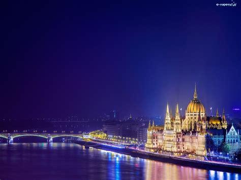 Bez wątpienia jest to, chociażby. Rzeka, Miasto, Budapeszt, Most, Węgry, Zabytki
