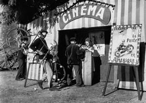 Jour De Fete Barentin : film screening jour de f te hanoi grapevine ~ Dailycaller-alerts.com Idées de Décoration