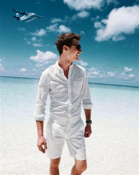 20 Dashing Beach Outfit For Men To Try - Instaloverz