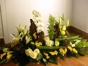 Composition de fleurs moderne composition florale lyon for Chambre bébé design avec envoi de fleurs deuil