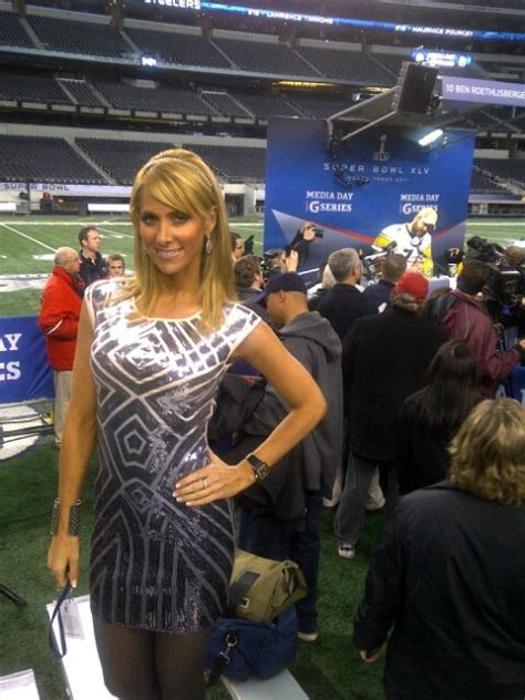 super bowl media day people  pictures  big lead