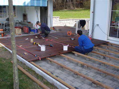 terrassenboden aus paletten terrasse aus europaletten terrasse aus paletten selber bauen europaletten diy anleitung