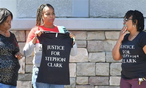 stephon clarks funeral brings emotional pleas