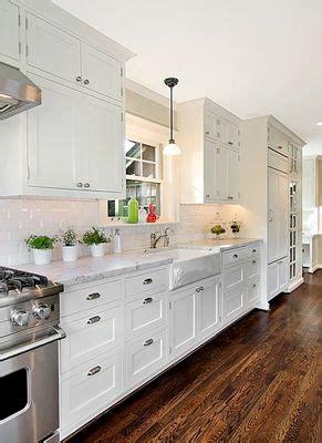 galley kitchen white cabinets 25 best ideas about white galley kitchens on 3718