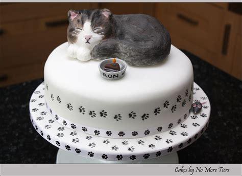 Torta infantil con diseño en plano técnica puzzle. Sculpted cat cake with edible cat topper | Cake and Cake designs