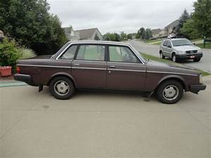 1984 Volvo 240 Dl 244 With B230f Engine No Reserve  Drive
