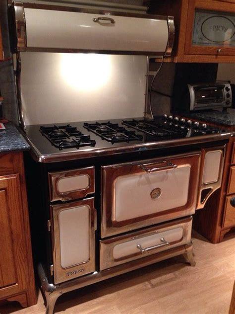 heartland stove  posts cas  stove