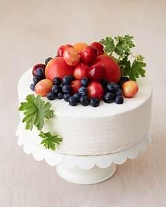 Bountiful Fresh Fruit Cake Decoration | AllFreeDIYWeddings.com