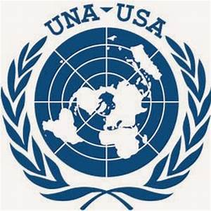 Learning How to Change the World: Model UN // The Roundup