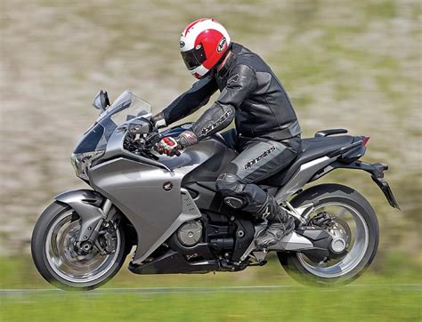 Should Motorcycles Be Equipped With Automatic