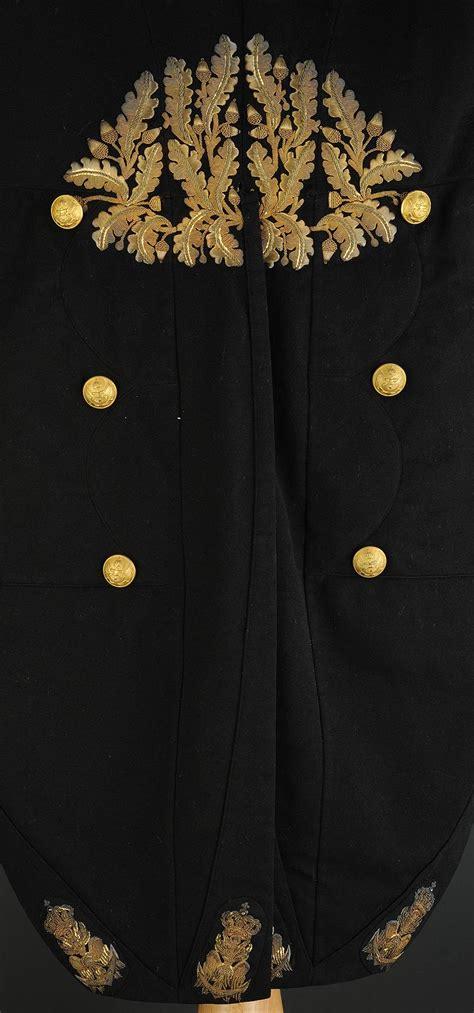 habit epaulettes  chapeau bicorne damiral  empire