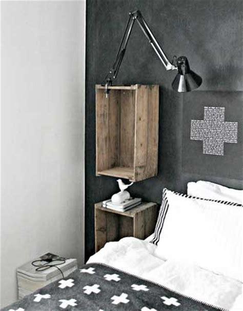 deco chambre recup déco récup avec des caisses en bois comme table de nuit