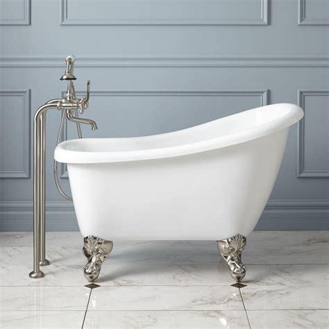 Small Bathrooms With Tubs by Mini Bathtub Ideas For Small Bathrooms