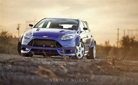 2013 Ford Focus St Blue Wallpaper HD