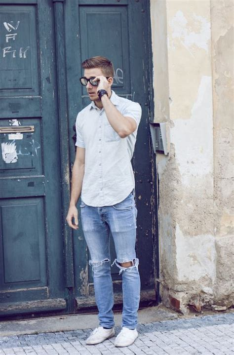 Ripped Jeans | Mens Fashion Magazine