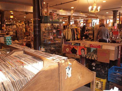 places  buy cheap vintage  antique furniture