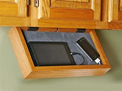 Phone-charging Station Woodworking Plan From Wood Magazine