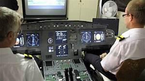 Simulateur De Vol Lille : lego un simulateur de vol construit en briquettes ~ Medecine-chirurgie-esthetiques.com Avis de Voitures