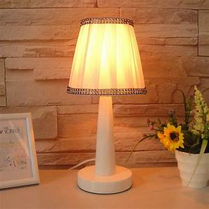 Promotion brief small desk lamp modern fashion rustic bed for Small bedroom lamps