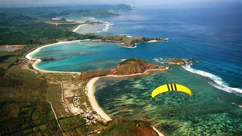 pantai kuta lombok wisata bahari terindah  pulau lombok
