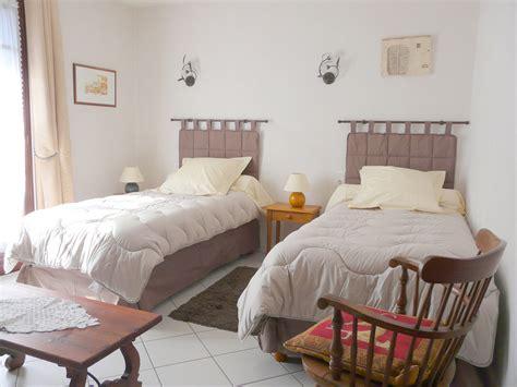 chambres d hotes aveyron votre chambre d 39 hôtes à estaing aveyron 12 chambre d
