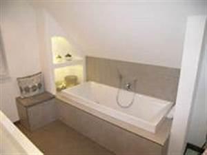 Badewanne Unter Dachschräge : badewanne unter der dachschr ge pictures to pin on pinterest ~ Lizthompson.info Haus und Dekorationen
