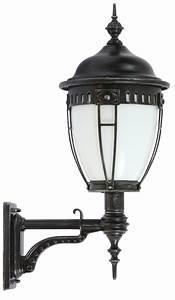 Laternen Für Aussen : schmiedeeiserne leuchten und laternen f r au en ~ Markanthonyermac.com Haus und Dekorationen