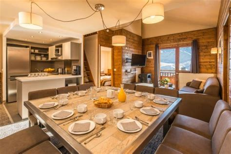 chalet val 2400 val thorens appartement 14 personnes ref 129384