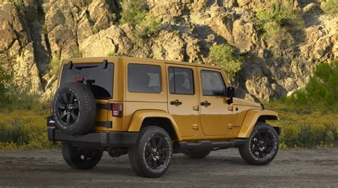 Jeep Reveals Special-edition Altitude Models For 2014