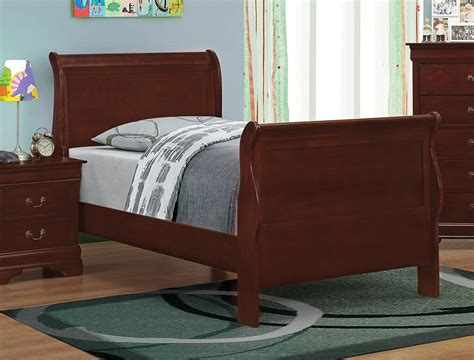 louis philippe sleigh bed louis philippe reddish brown sleigh bed from coaster