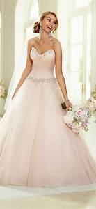 la robe rose poudree en 60 images originales archzinefr With robe de mariée rose pale