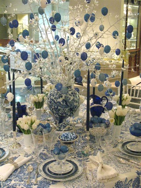 blue and white christmas table decorations 14 best christmas table decor images on pinterest christmas tablescapes dinner table