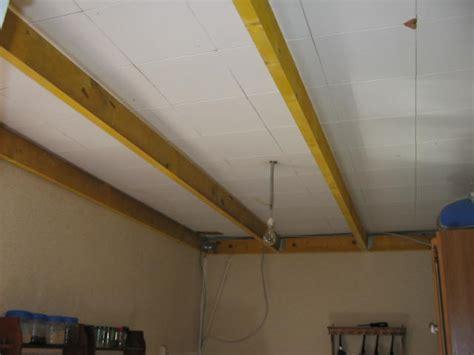 am駭agement chambre faux plafond bois cuisine mzaol com