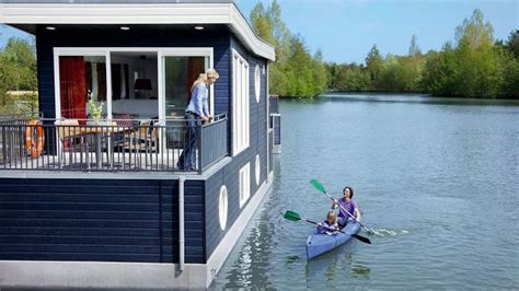 Living On A Boat In The Netherlands by 1000 Ideas About Houseboat Living On