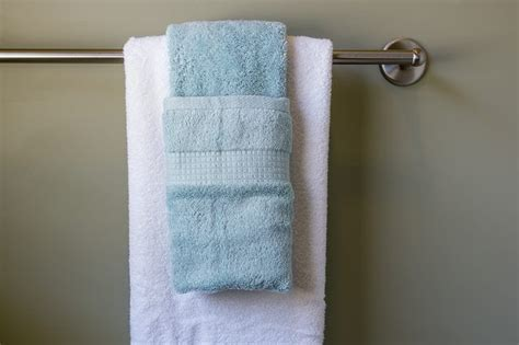 display towels decoratively bathroom towel decor