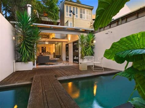 tropical houses design light and airy tropical house without indoors outdoors boundary digsdigs
