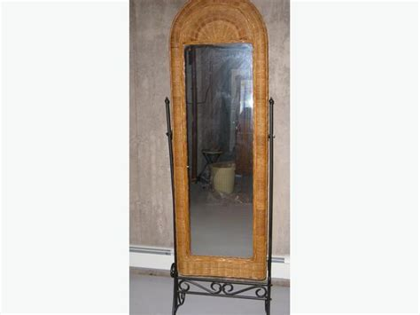 floor mirror kijiji floor mirror on stand 28 images stand for floor mirror qufu xinyi picture frame co ltd