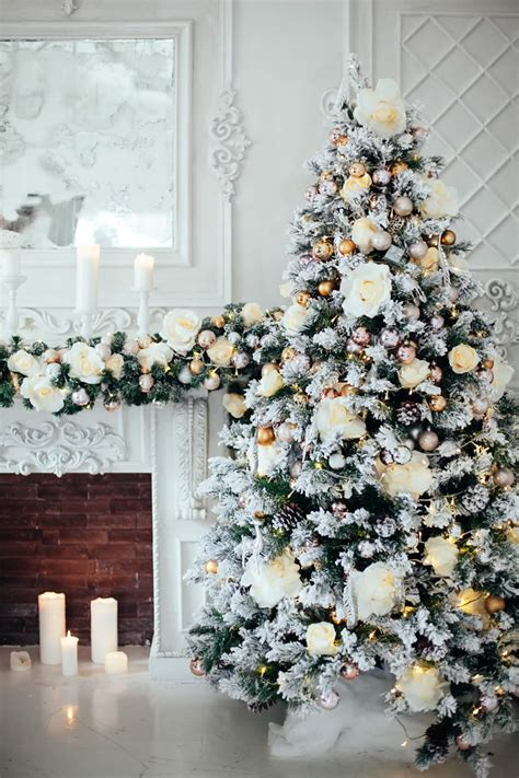 christmas decorating services  chicago hallow  arts