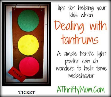 traffic light approach  good behavior  thrifty mom