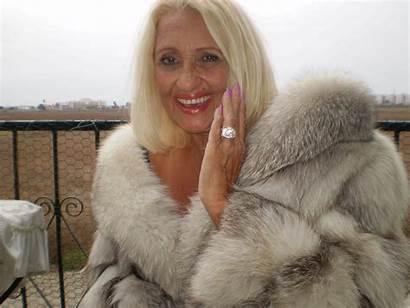 Fur Mature Woman Ladies Older Furs Janet