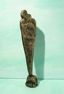 Deko Skulpturen Modern : 1000 ideen zu moderne skulptur auf pinterest holzskulptur abstrakte skulptur und moderne kunst ~ Indierocktalk.com Haus und Dekorationen