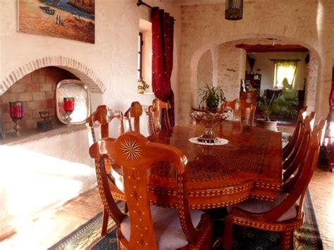 salle a manger marocaine d 233 couvrez la maison d h 244 tes dar maris dans la cagne d