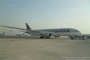 Airplane Art - Qatar Airways Boeing 787-8 Dreamliner ...