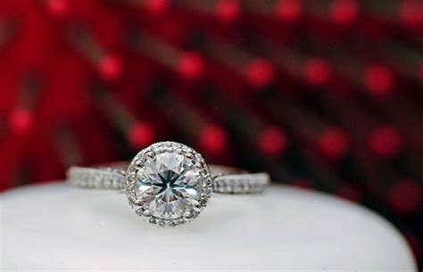 cheap wedding rings toronto saving money while buying engagement ring in toronto party evening and maxi