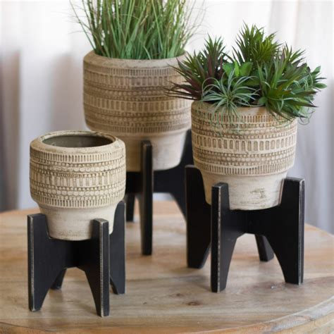 clay planters  black wooden base set
